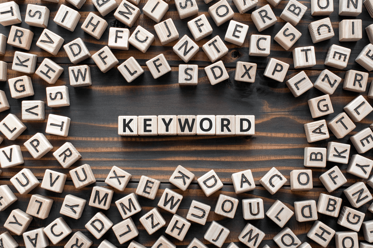 EDITORIAL: Keyword Stuffing in Your GMB Listing